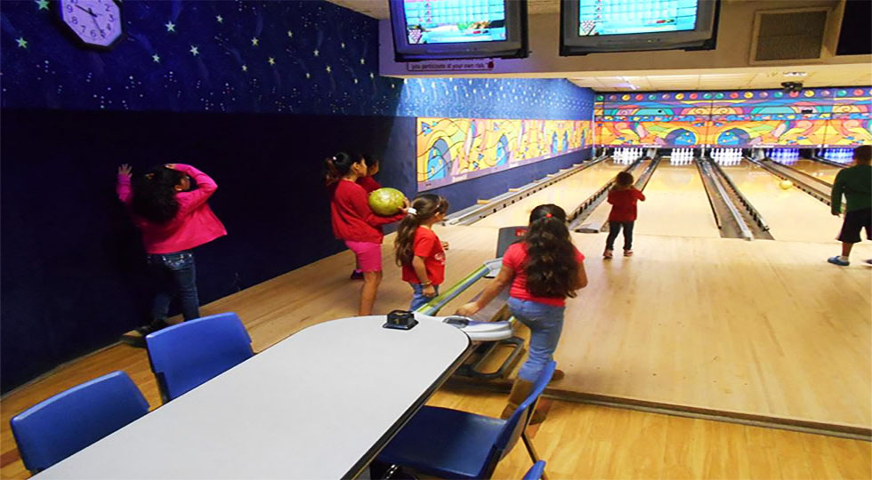 Little Wonders Bowling Fieldtrip